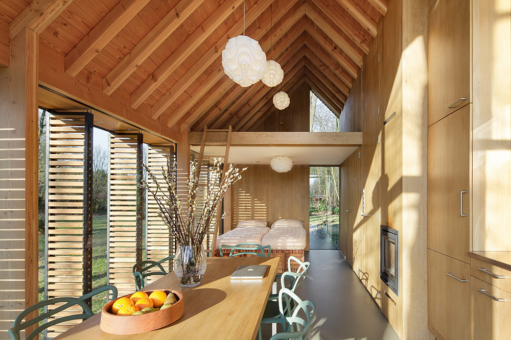 Simple Modern Gable Roof Interior Vaulted Ceilings